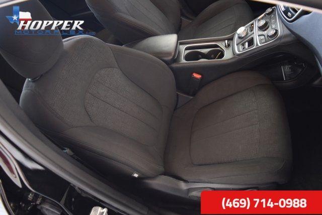 2015 Chrysler 200 Limited in McKinney Texas, 75070