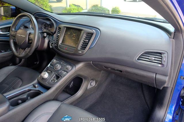 2015 Chrysler 200 S in Memphis, Tennessee 38115