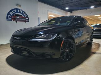 2015 Chrysler 200 S in Miami, FL 33166