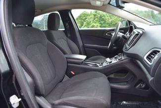 2015 Chrysler 200 Limited Naugatuck, Connecticut 10