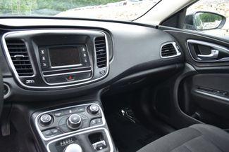 2015 Chrysler 200 Limited Naugatuck, Connecticut 19