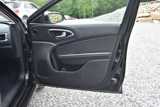 2015 Chrysler 200 Limited Naugatuck, Connecticut 8