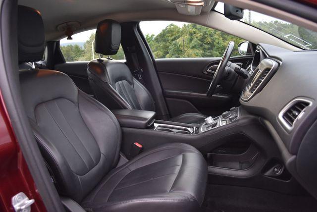 2015 Chrysler 200 C Naugatuck, Connecticut 10