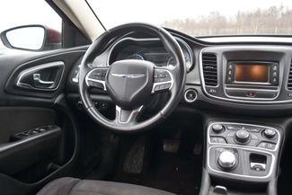2015 Chrysler 200 Limited Naugatuck, Connecticut 13
