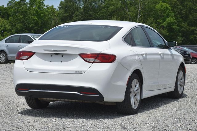 2015 Chrysler 200 Limited Naugatuck, Connecticut 4