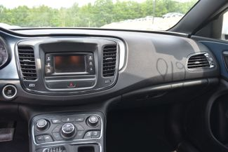 2015 Chrysler 200 S Naugatuck, Connecticut 22
