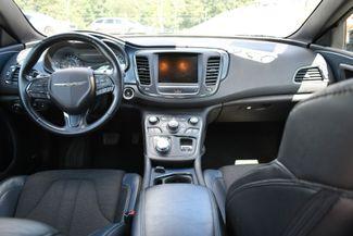 2015 Chrysler 200 S Naugatuck, Connecticut 14