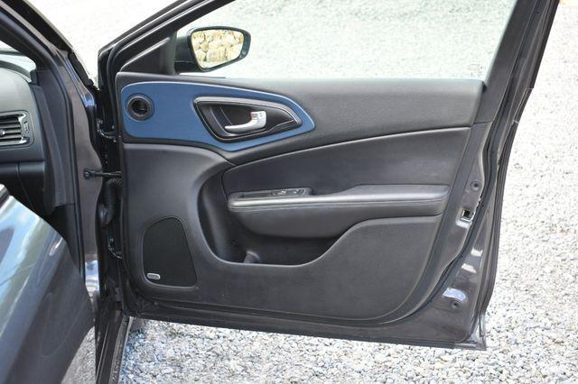 2015 Chrysler 200 S Naugatuck, Connecticut 8