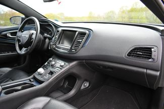 2015 Chrysler 200 S Naugatuck, Connecticut 10