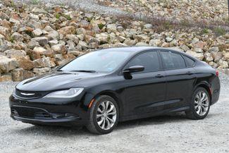 2015 Chrysler 200 S Naugatuck, Connecticut 2