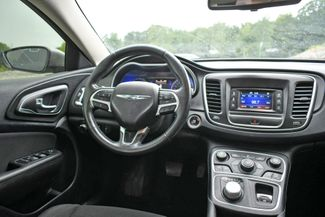 2015 Chrysler 200 Limited Naugatuck, Connecticut 11