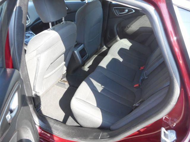 2015 Chrysler 200 Limited New Windsor, New York 18