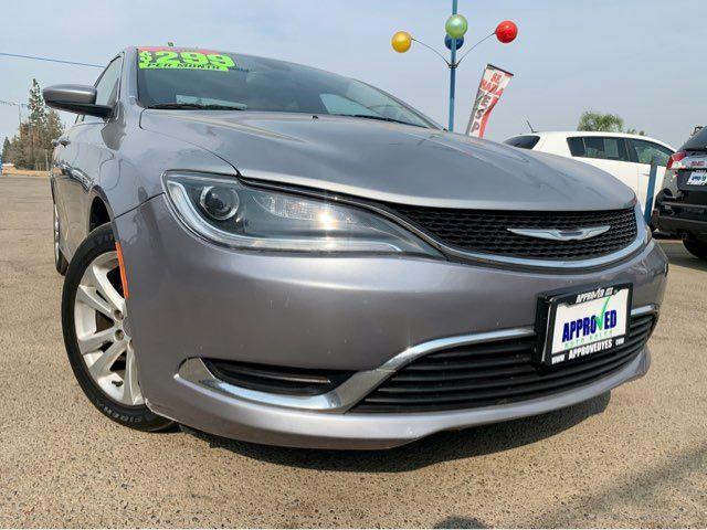 2015 Chrysler 200 Limited in Sanger, CA 93567