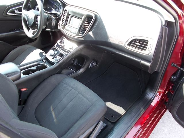 2015 Chrysler 200 Limited Shelbyville, TN 18