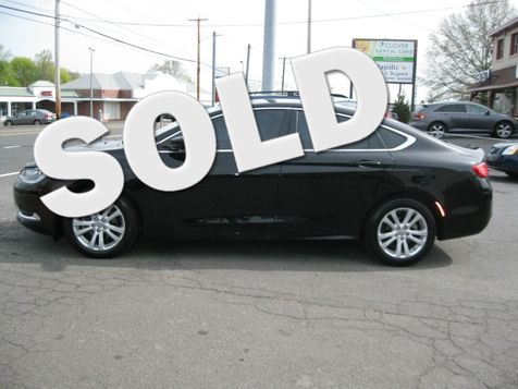 2015 Chrysler 200 Limited in West Haven, CT