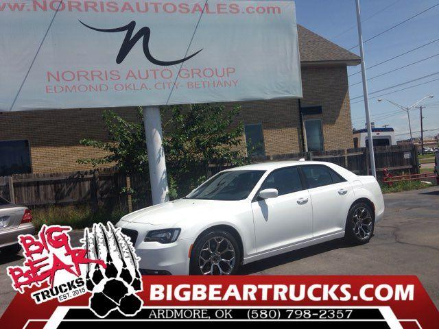 2015 Chrysler 300 in Ardmore OK