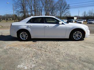 2015 Chrysler 300 Limited Houston, Mississippi 3