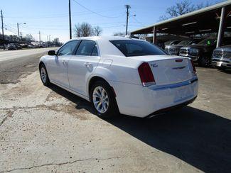 2015 Chrysler 300 Limited Houston, Mississippi 5