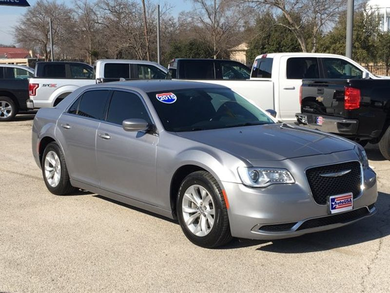 2015 Chrysler 300 Limited, Leather   Irving, Texas   Auto USA in Irving Texas