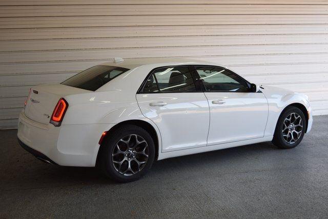2015 Chrysler 300 S in McKinney Texas, 75070