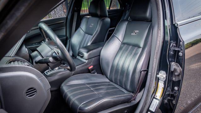 2015 Chrysler 300 300S LEATHER NAVIGATION BACK UP CAMERA in Memphis, TN 38115