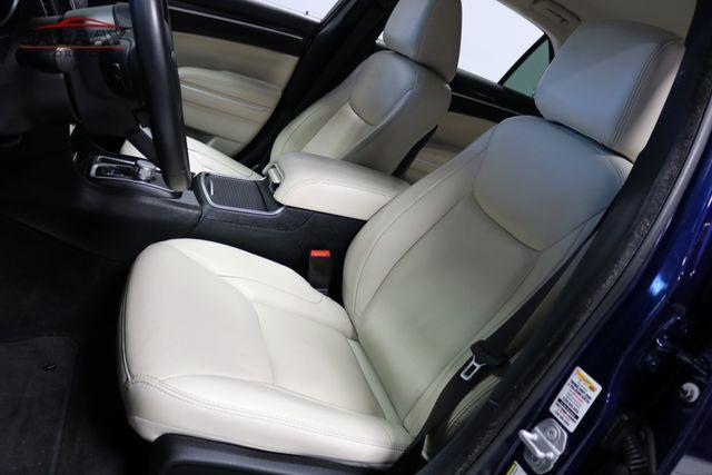 2015 Chrysler 300 Limited Merrillville, Indiana 11