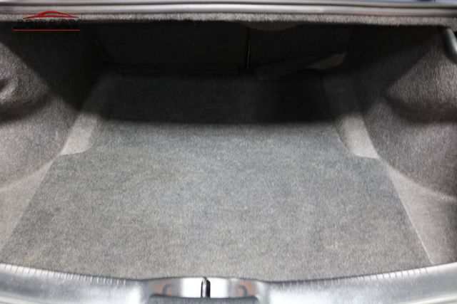 2015 Chrysler 300 Limited Merrillville, Indiana 28