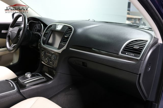 2015 Chrysler 300 Limited Merrillville, Indiana 16