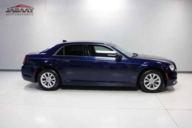 2015 Chrysler 300 Limited Merrillville, Indiana 42