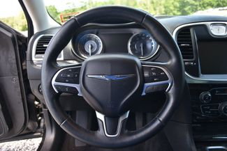 2015 Chrysler 300 Limited Naugatuck, Connecticut 18
