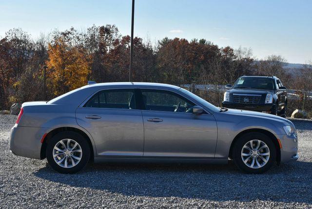 2015 Chrysler 300 Limited Naugatuck, Connecticut 5