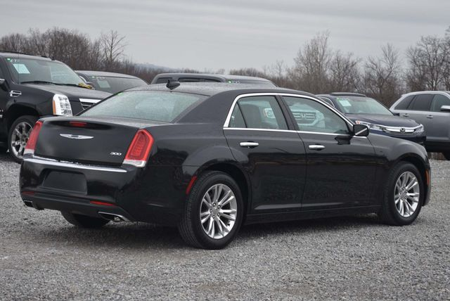 2015 Chrysler 300 Limited Naugatuck, Connecticut 4