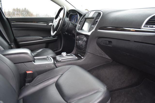2015 Chrysler 300 Limited Naugatuck, Connecticut 8