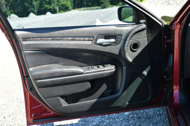 2015 Chrysler 300 300C Naugatuck, Connecticut 20