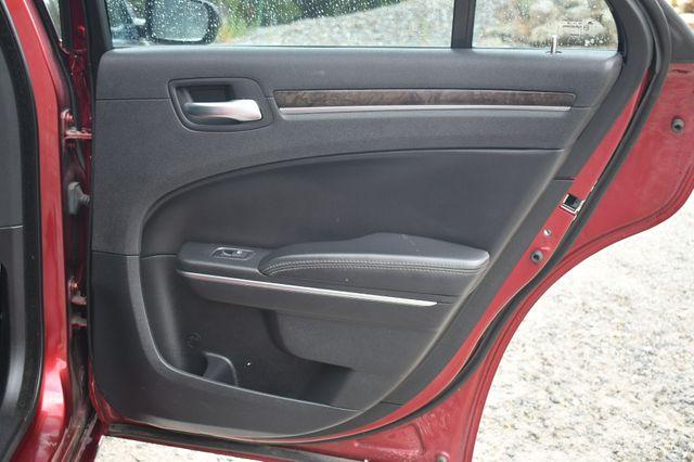 2015 Chrysler 300 300C Naugatuck, Connecticut 12