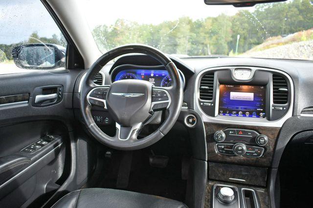 2015 Chrysler 300 300C Naugatuck, Connecticut 15