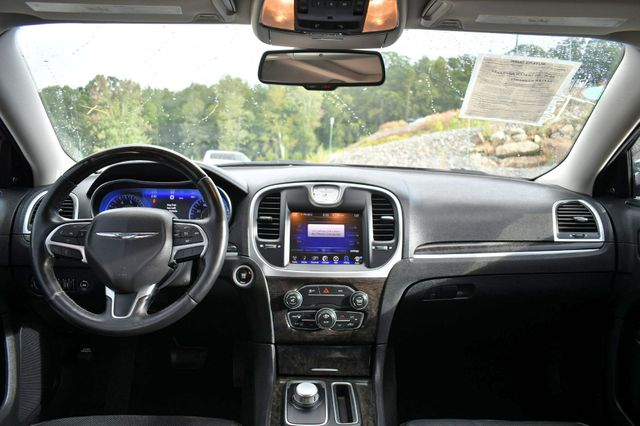2015 Chrysler 300 300C Naugatuck, Connecticut 16