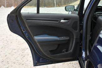 2015 Chrysler 300S AWD Naugatuck, Connecticut 14