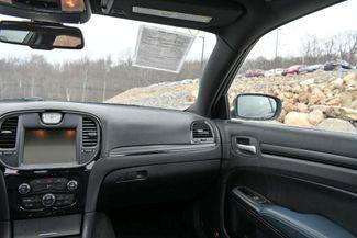 2015 Chrysler 300S AWD Naugatuck, Connecticut 19