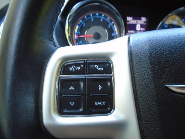 2015 Chrysler Town & Country Touring in Alpharetta, GA 30004