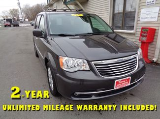 2015 Chrysler Town & Country Touring in Brockport NY, 14420