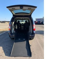 2015 Chrysler Town & Country handicap wheelchair accessible van Dallas, Georgia 2