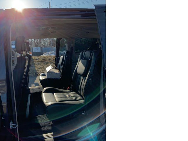 2015 Chrysler Town & Country handicap wheelchair accessible van Dallas, Georgia 7