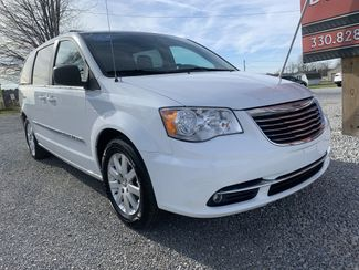 2015 Chrysler Town & Country Touring in Dalton, OH 44618