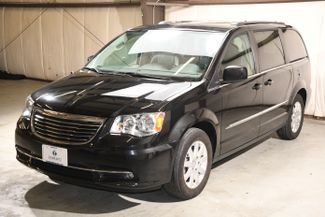 2015 Chrysler Town & Country Touring in Branford CT, 06405