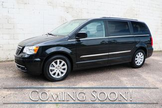 2015 Chrysler Town & Country Touring w/STOW'N GO Seats, Dual DVD Entertainment, Backup Cam & Bluetooth Audio in Eau Claire, Wisconsin 54703