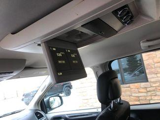 2015 Chrysler Town & Country Touring Farmington, MN 7