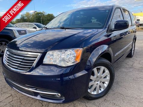 2015 Chrysler Town & Country Touring in Gainesville, GA