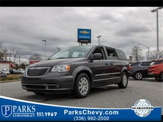 2015 Chrysler Town & Country Touring in Kernersville, NC 27284