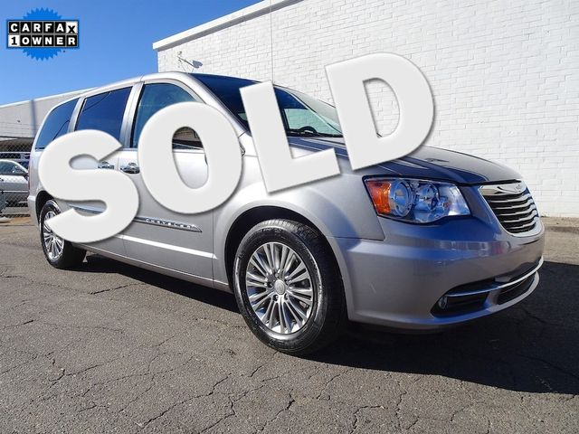 2015 Chrysler Town & Country Touring-L Madison, NC 0